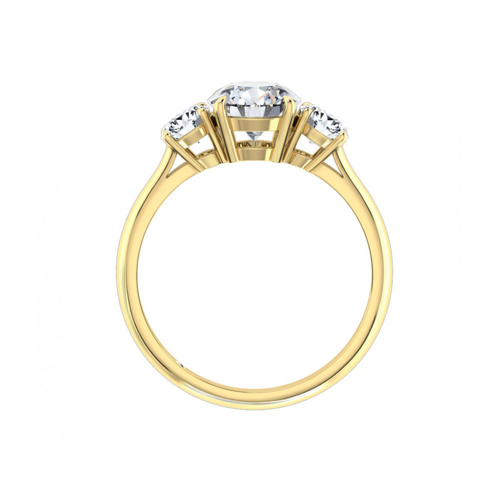 Round Brilliant cut in three stone enagagement ring
