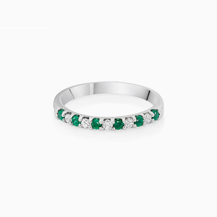Green Emerald and Diamond Ring