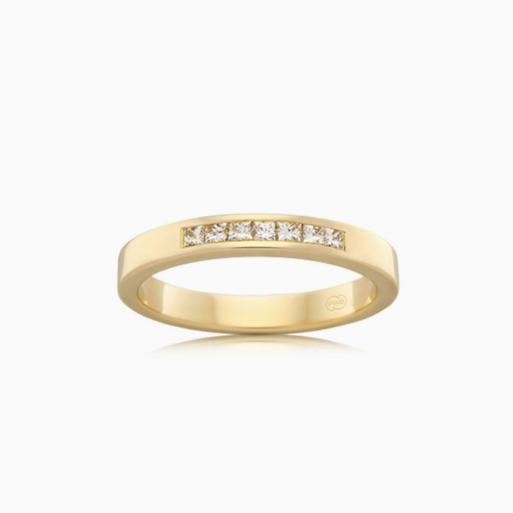 Princess cut diamond band F3128
