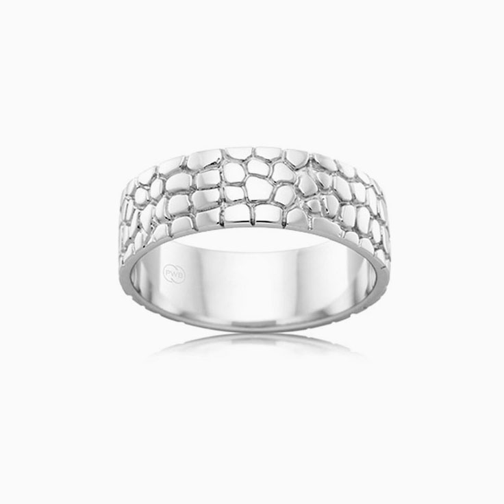 Carved Mens Wedding ring J1208