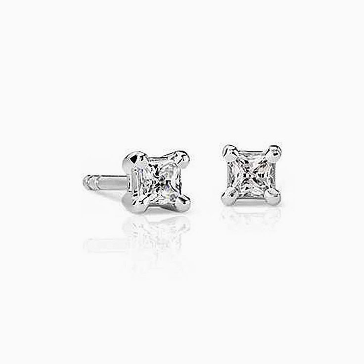 1ct Princess cut diamond studs