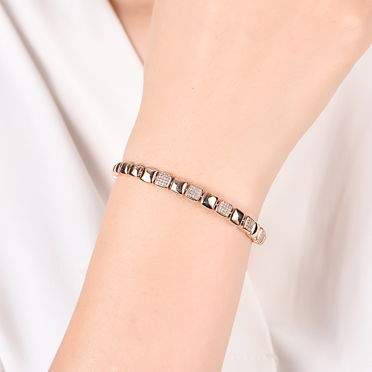 Box Shape Diamond Bracelet