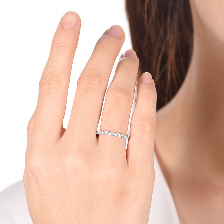 Petite Round Diamond Wedding Ring