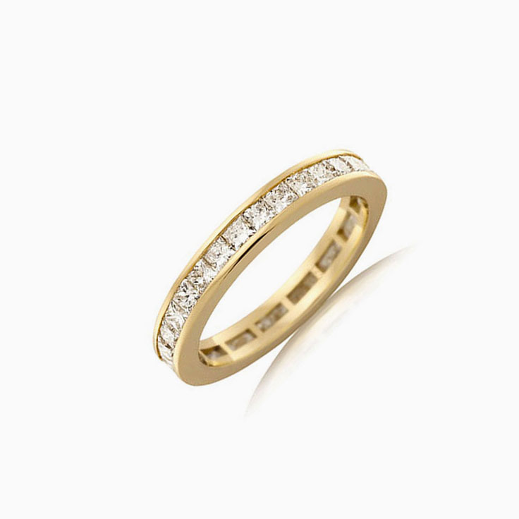 Princess cut eternity ring J4068