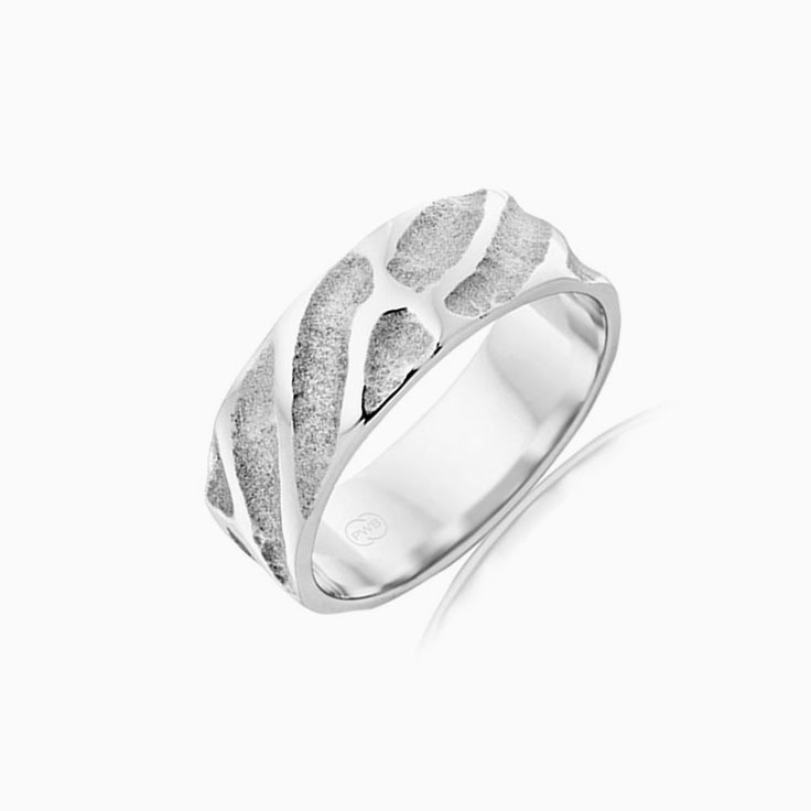 Carved Mens Ring J3618