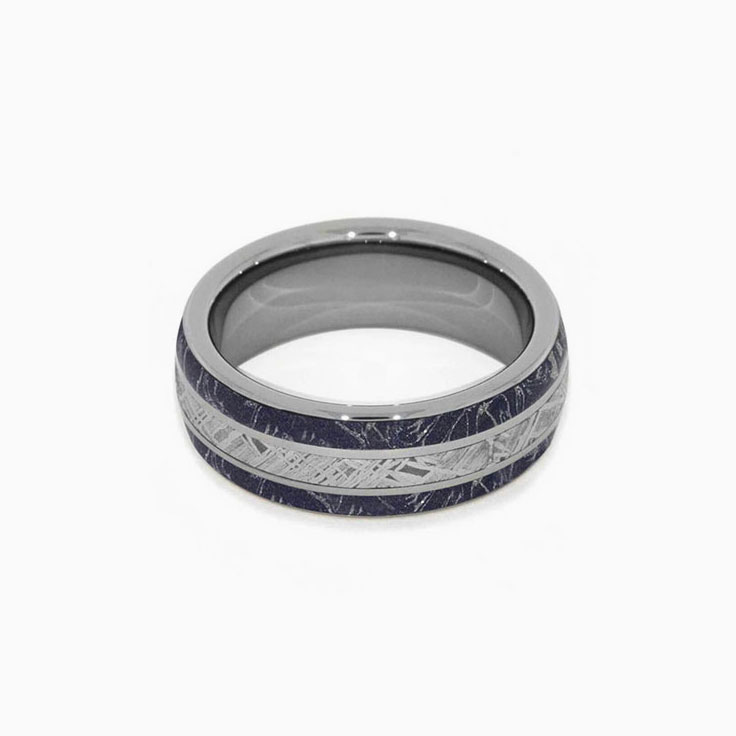 Mens ring With Meteorite In Titanium